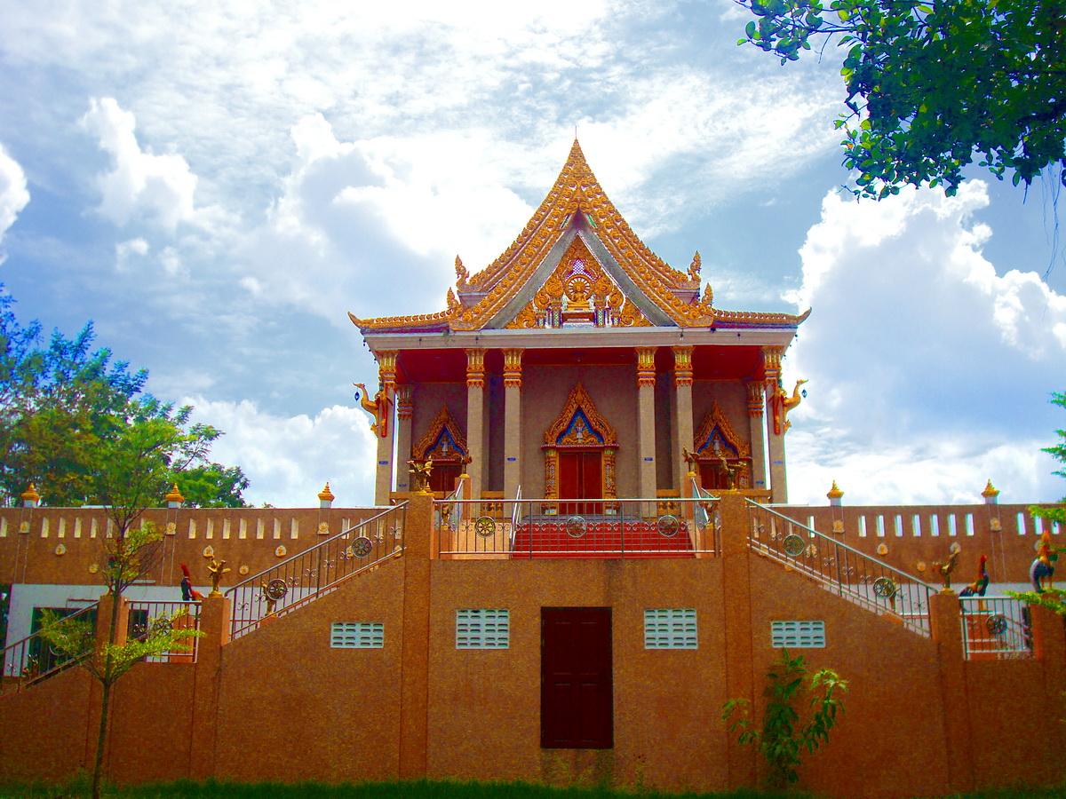 วัดจินดิตวิหาร (ธ) (Wat Chinditwiharn) 25 หมู่ 8 นิมิตรใหม่ แขวงทรายกองดิน เขตคลองสามวา กรุงเทพมหานคร 10510