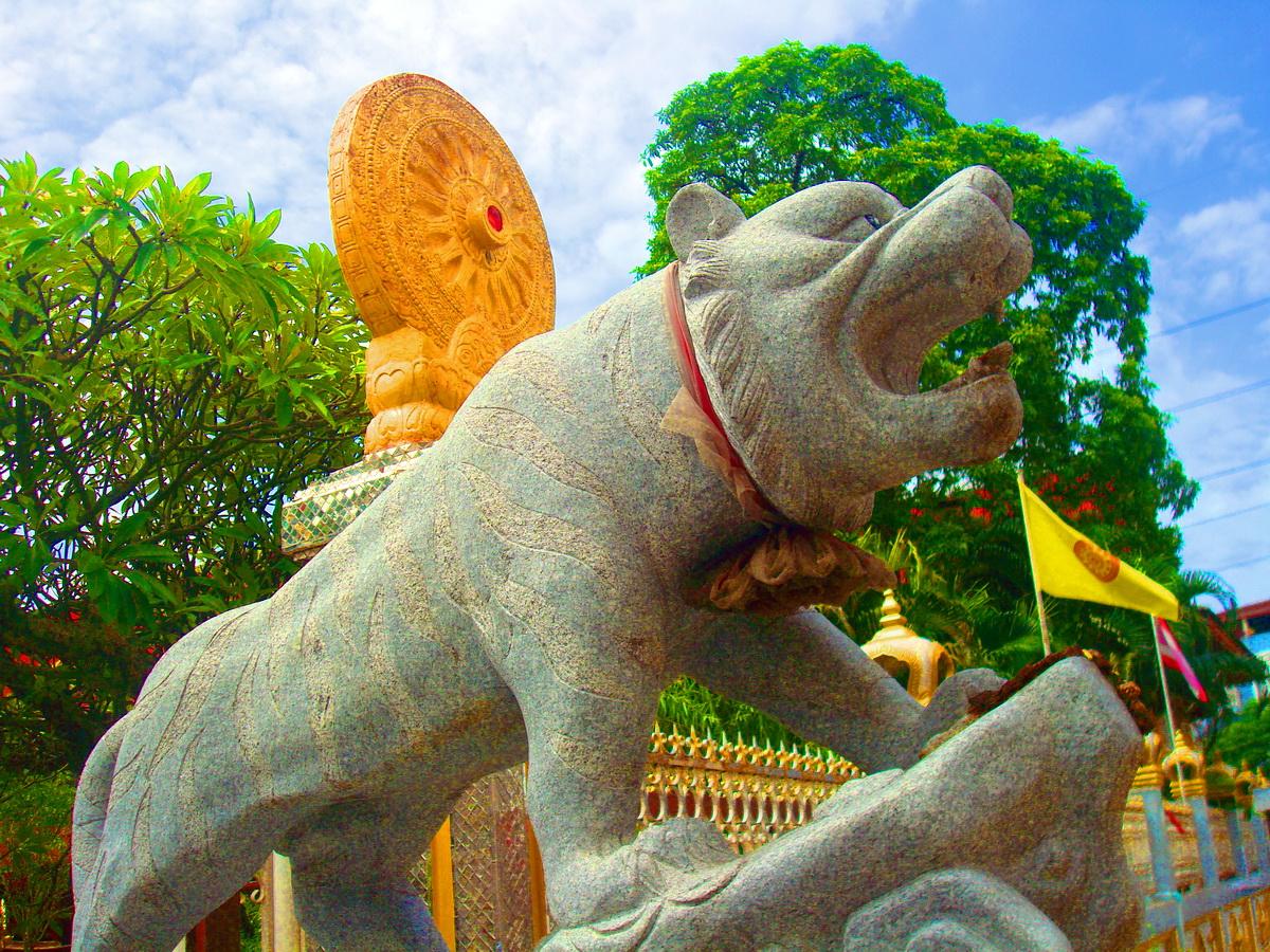 วัดกระทุ่มเสือปลา (Wat Krathum Suea Pla) 5 ซอยอ่อนนุช 67 ลาดกระบัง แขวงประเวศ เขตประเวศ กรุงเทพมหานคร 10250