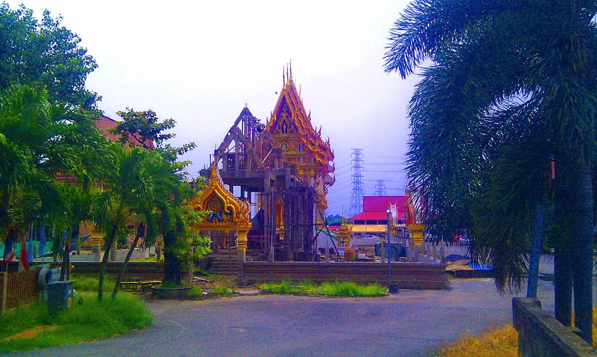 วัดใหม่ลำนกแขวก (Wat Mai Lam Nok Khwaek) ถนนสุวินทวงศ์ หมู่ 10 แขวงแสนแสบ เขตมีนบุรี กรุงเทพมหานคร 10510