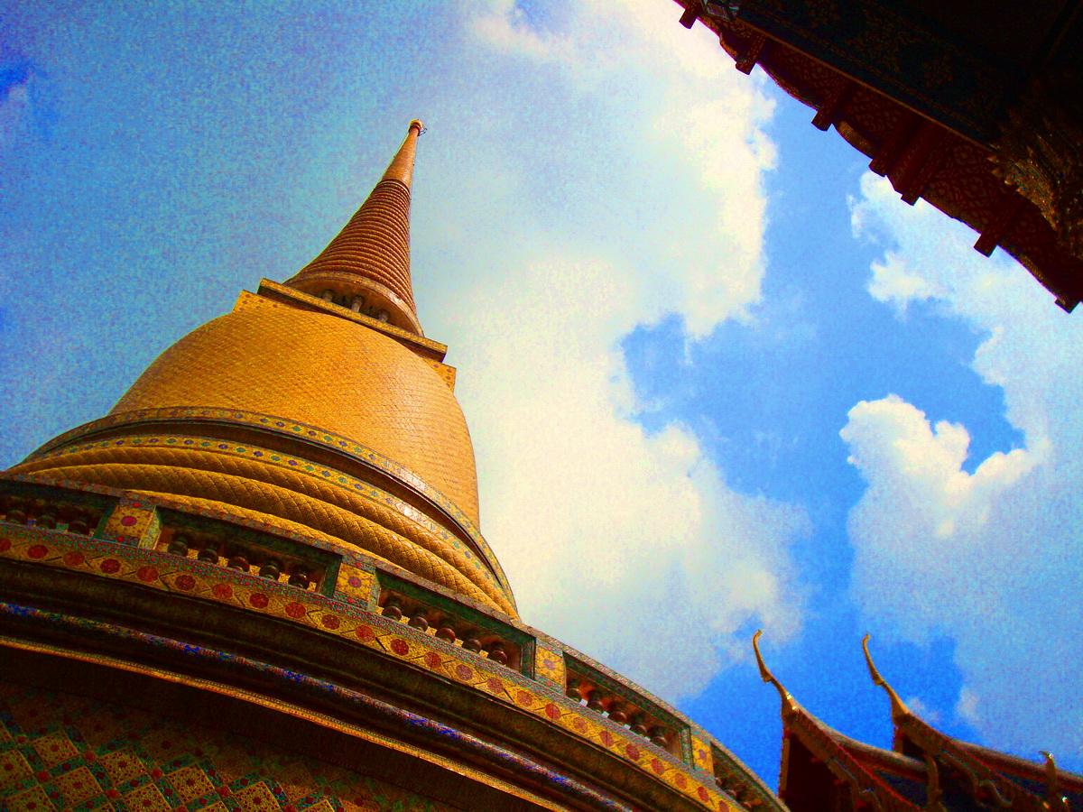 วัดราชบพิธสถิตมหาสีมารามราชวรวิหาร Wat Ratchabophit Sathit Maha Simaram Ratcha Wara Maha Wihan ( วัดประจำรัชกาล ที่ 5 และ 7 ) ตั้งอยู่ 2 ถนนเฟื่องนคร แขวงวัดราชบพิธ เขตพระนคร กรุงเทพมหานคร 10200