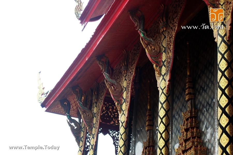 วัดศรัทธาธรรม (Wat Sattha Tham) ตั้งอยู่เลขที่ 247 หมู่ 1 ตำบลบางจะเกร็ง เมืองสมุทรสงคราม จังหวัดสมุทรสงคราม 75000
