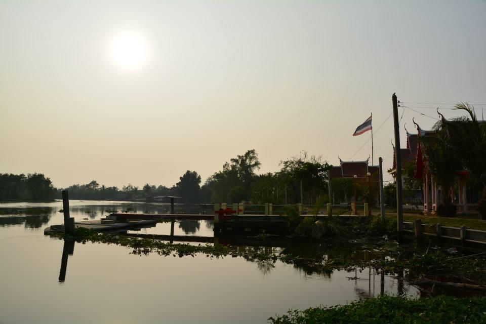 วัดใหญ่บ้านบ่อ ตั้งอยู่เลขที่ 1 หมู่ที่ 3 ตำบลบ้านบ่อ อำเภอเมืองสมุทรสาคร จังหวัดสมุทรสาคร 74000