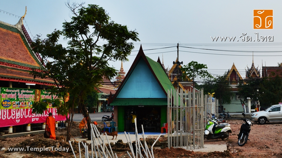 วัดโกรกกราก (Wat Krok Krak) ตั้งอยู่เลขที่ 188 ถนนธรรมคุณากร ตำบลโกรกกราก อำเภอเมืองสมุทรสาคร จังหวัดสมุทรสาคร 74000