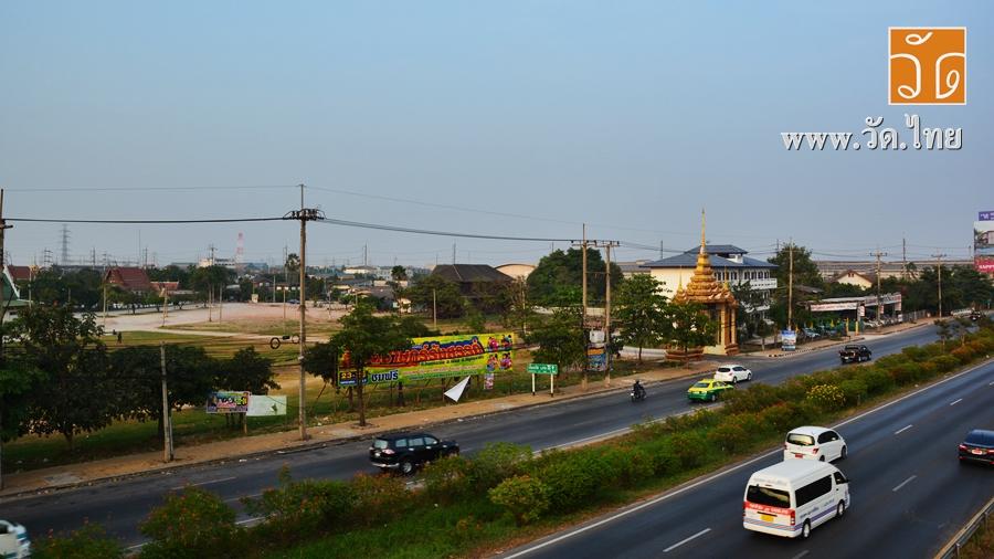 วัดราษฎร์รังสรรค์ (Wat Rat Rangsan) (วัดคอกกระบือ) หมู่ที่ 2 ถนนพระราม 2 บ้านคอกกระบือ ตำบลคอกกระบือ อำเภอเมืองสมุทรสาคร จังหวัดสมุทรสาคร 74000