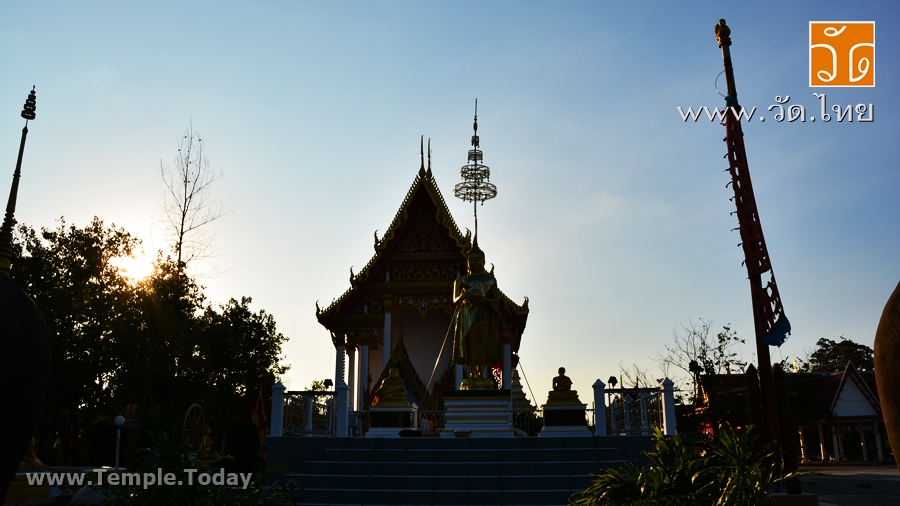 วัดทองธรรมิการาม (Wat Thong Dham Mi Ka Ram) ตั้งอยู่เลขที่ 49/7 ถนนเศรษฐกิจ หมู่ที่ 7 ตำบลท่าทราย อำเภอเมืองสมุทรสาคร จังหวัดสมุทรสาคร 74000