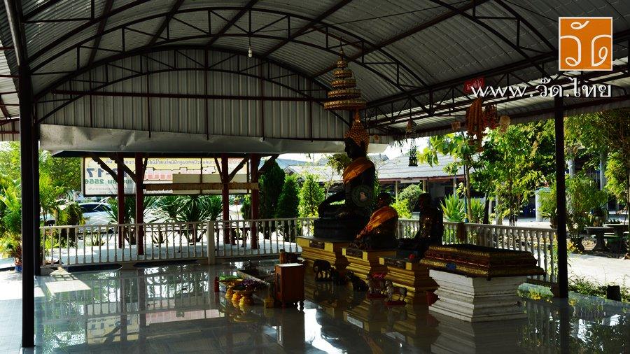 วัดปากบ่อ (Wat Pak Bo) ตั้งอยู่เลขที่ 28 หมู่ที่ 4 ตำบลชัยมงคล อำเภอเมืองสมุทรสาคร จังหวัดสมุทรสาคร 74000