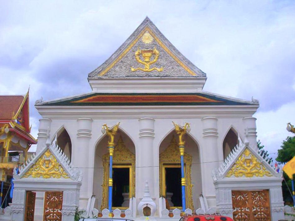 วัดดวงแข ถนนจารุเมือง แขวงรองเมือง เขตปทุมวัน จังหวัดกรุงเทพมหานคร 10330