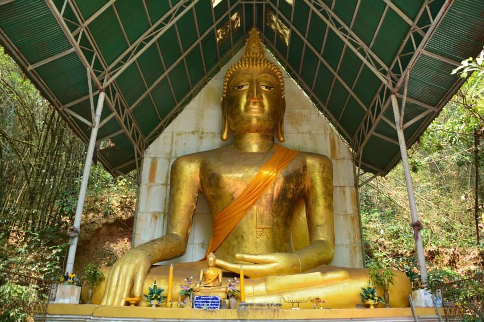 พระเจ้าล้านตื้อ @วัดพระธาตุจอมกิตติ (Wat phra that chom kitti) ที่ตั้ง ตำบลเวียง อำเภอเชียงแสน จังหวัดเชียงราย 57150