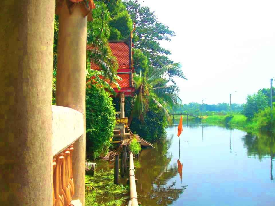 วัดลํากะดาน (Wat Lam Kra Dan) ถนนนิมิตใหม่ ม.10 แขวงสามวาตะวันออก เขตคลองสามวา กรุงเทพมหานคร 10510