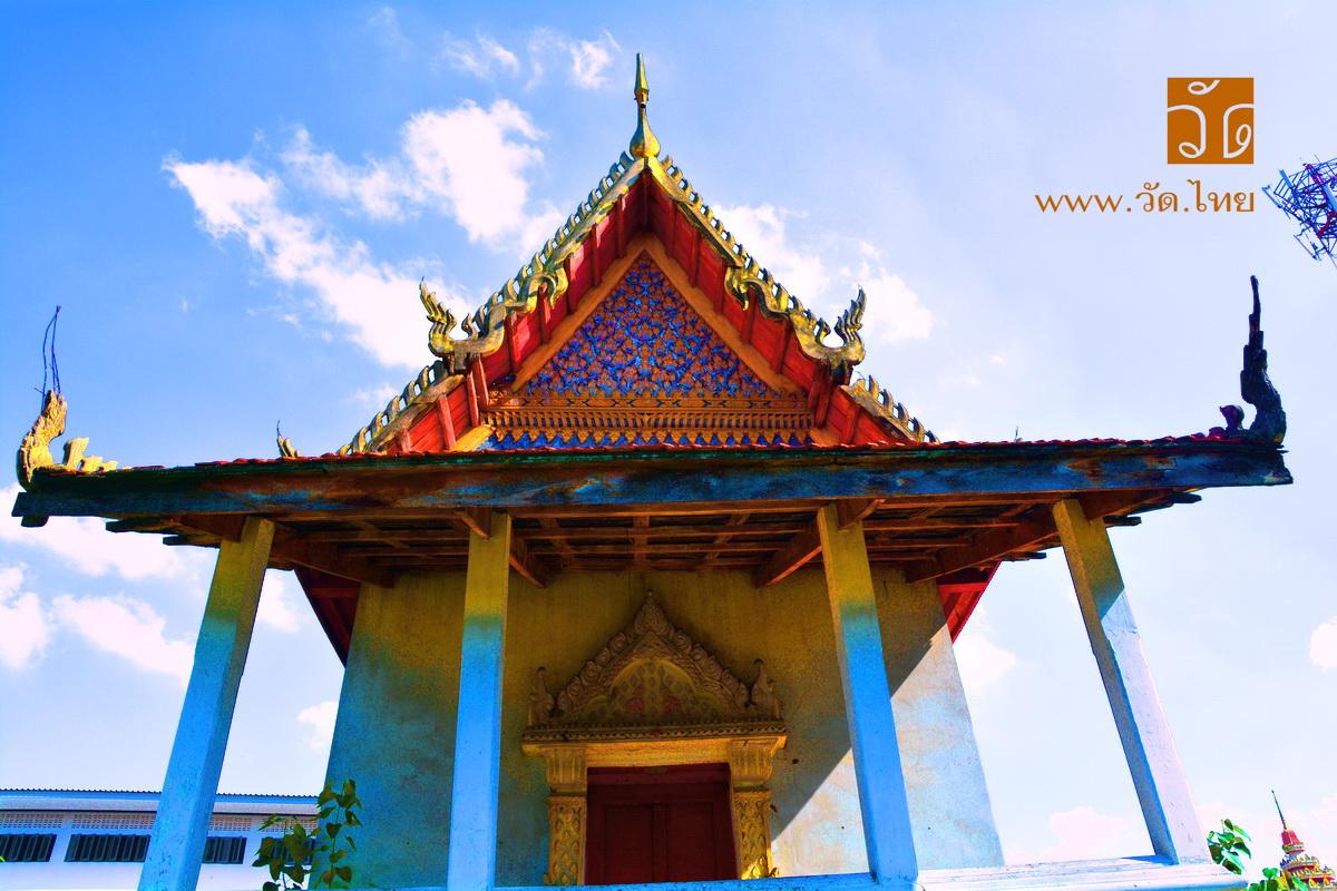 วัดน้อยนอก (Wat Noi Nok) ซอยรัตนาธิเบศร์ 42 ถนนรัตนาธิเบศร์ ตำบลบางกระสอ อำเภอเมืองนนทบุรี จังหวัดนนทบุรี 11000