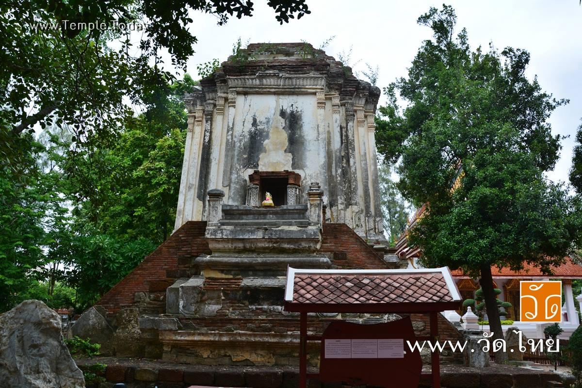 วัดมหาธาตุวรวิหาร ราชบุรี (Wat Mahathat Worawihan) ถนนเขางู ตำบลหน้าเมือง อำเภอเมืองราชบุรี จังหวัดราชบุรี 70000