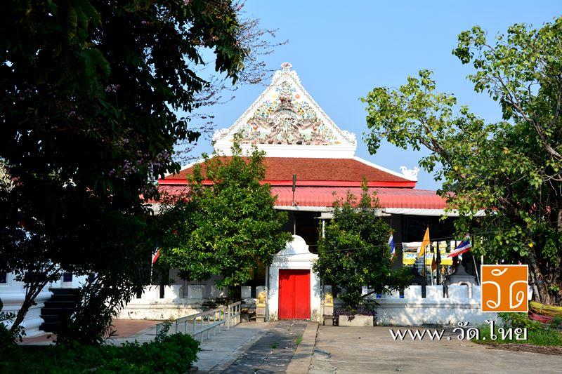 พระอุโบสถ วัดอัปสรสวรรค์วรวิหาร (Wat Absornsawan) ตั้งอยู่ ถนนเทอดไท ซอยรัชมงคลประสาธน์ แขวงปากคลอง
