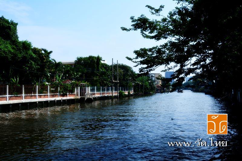 ท่าน้ำ วัดราชคฤห์วรวิหาร [วัดมอญ] (Wat Rajkrueh) ตั้งอยู่เลขที่ 434 ถนนเทอดไท แขวงบางยี่เรือ เขตธนบุ