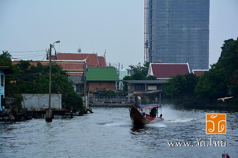 วัดอินทารามวรวิหาร (wat intharam) ถนนเทอดไท แขวงบางยี่เรือ เขตธนบุรี กรุงเทพมหานคร 10600