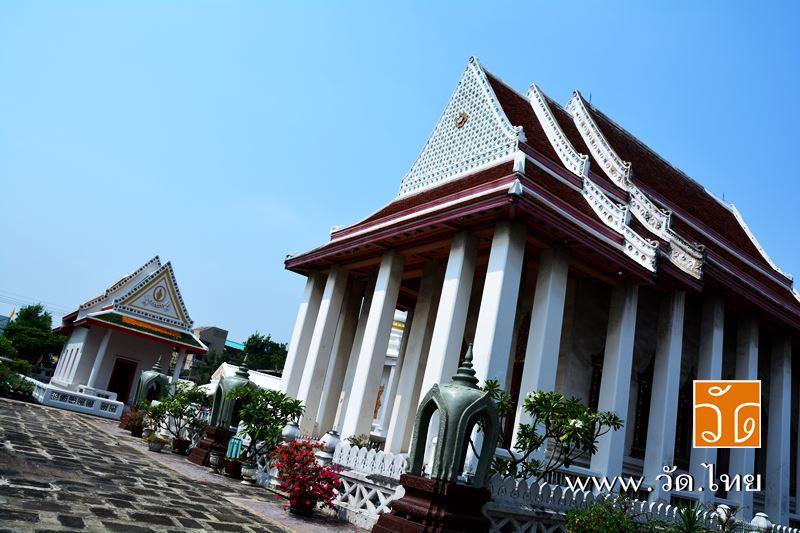 พระอุโบสถ วัดประดู่ฉิมพลี (Wat Pradoo ChimPhli) 168 ถนนเพชรเกษม ซอยเพชรเกษม 15 แขวงวัดท่าพระ เขตบางก