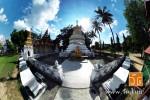 วัดศรีชุม (Wat SriChum) วัดพม่า ตั้งอยู่เลขที่ 198 ถนนทิพย์วรรณ ถนนศรีชุม-แม่ทะ บ้านศรีชุม ตำบลสวนดอก อำเภอเมืองลำปาง จังหวัดลำปาง 52100