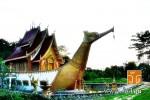 วัดพระธาตุแสนคำฟู (Wat Phra That Saen Kham Fu) ตั้งอยู่ที่ หมู่ที่ 1 บ้านสันต้นเปา ตำบลแม่เงิน อำเภอเชียงแสน จังหวัดเชียงราย 57150