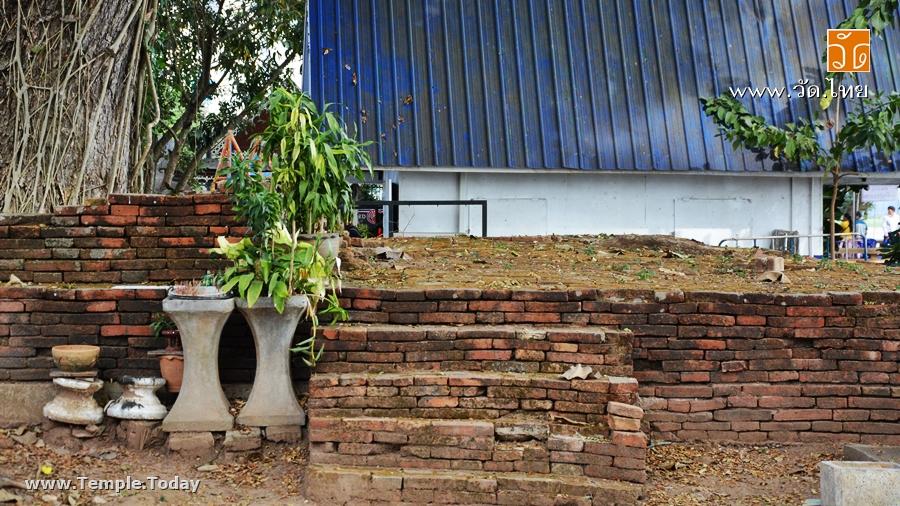 วัดกู่คำ Wat Ku Kham (วัดร้าง) ถนนริมโขง ตำบลเวียง อำเภอเชียงแสน จังหวัดเชียงราย 57150